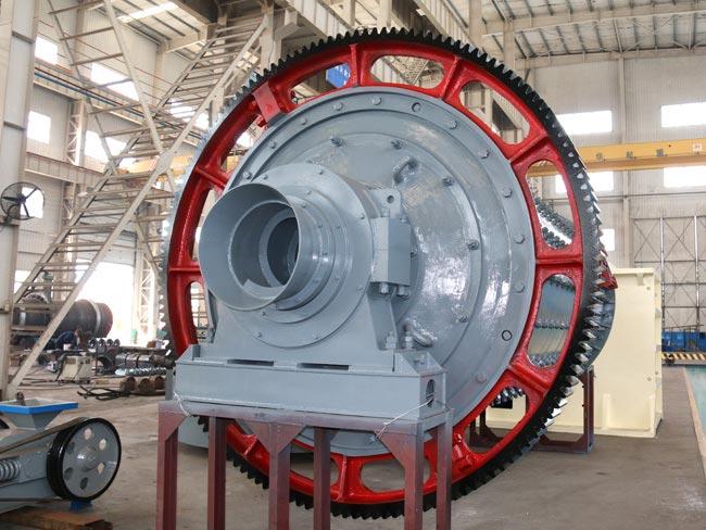 大中型节能球磨机基本可以满足市场上产量要求大的生产企业